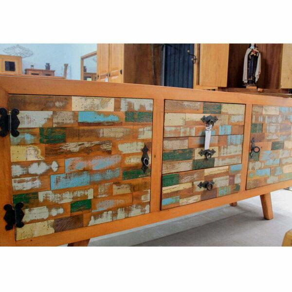 Rack Colorido Em Madeira De DemoliÇÃo